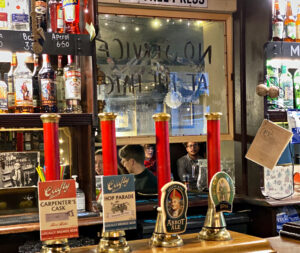 bars, pubs and cafes