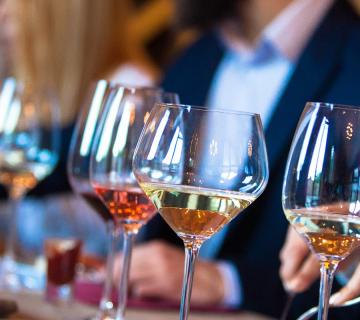 cb travel guide wine tasting